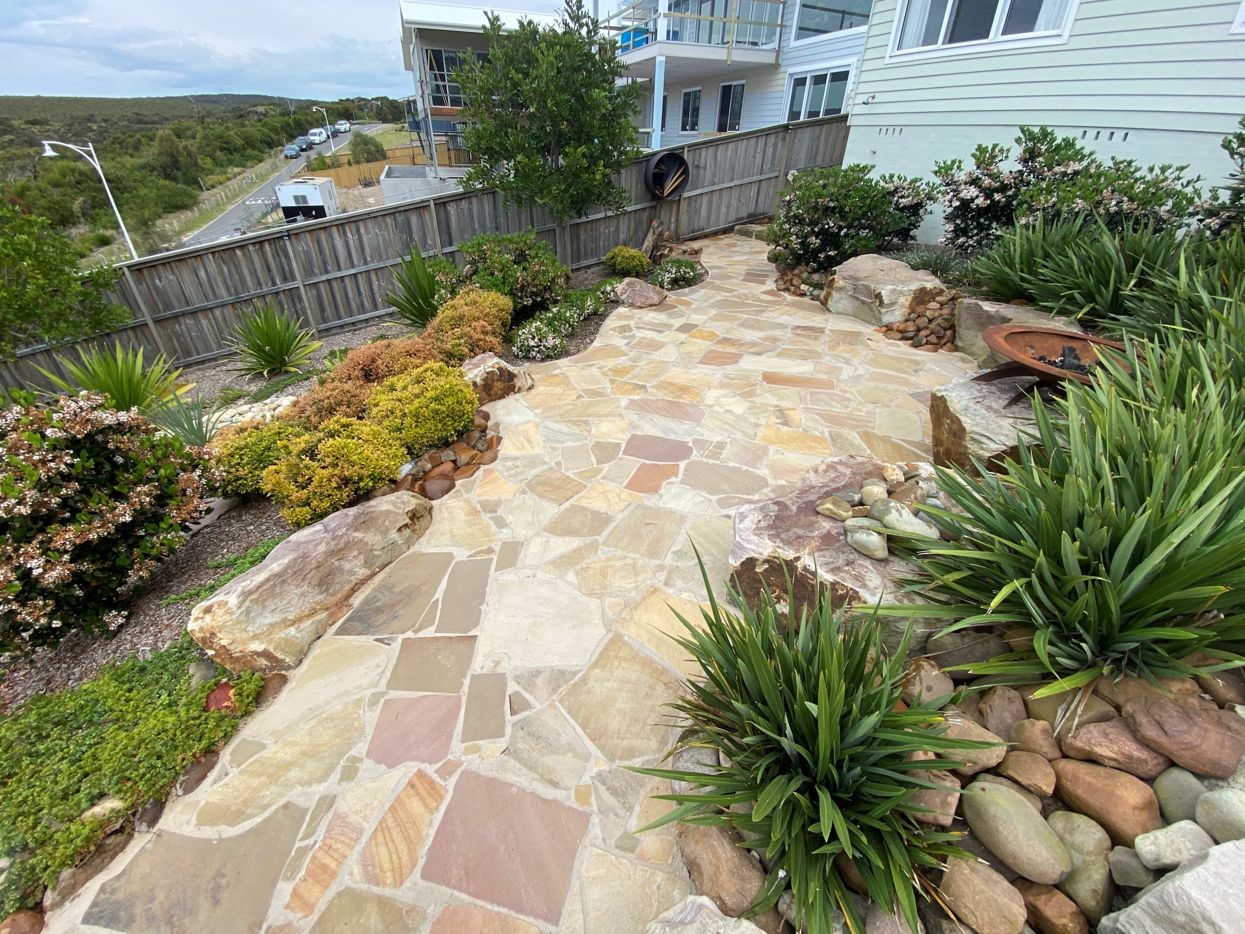 sandstone crazy pave 1